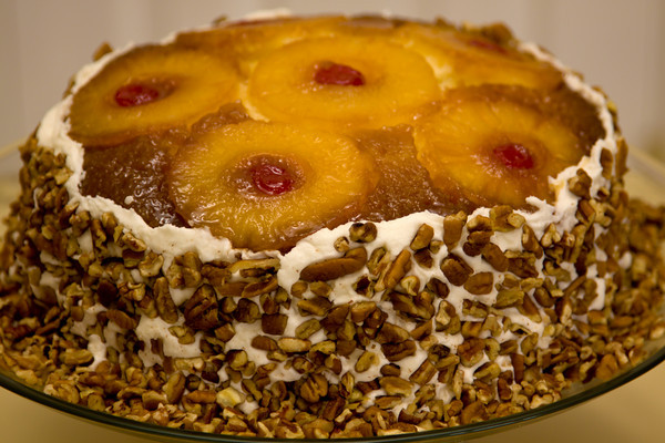 The Paula Deen Recipe For Pineapple Upside Down Cake